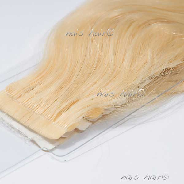 Tape Hair Extensions Wavy 613 Bleach Blonde 20 Inch